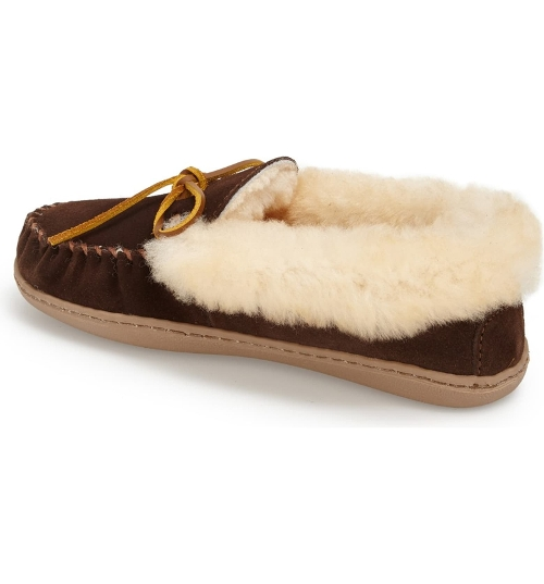 CHOCOLATE ALPINE SHEEPSKIN - Perspective 2