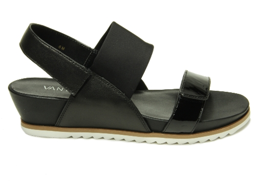 BLACK PATENT HAYLEY